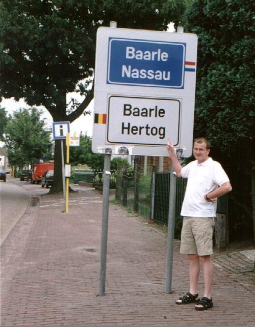http://geosite.jankrogh.com/enklaver/baarleA.jpg