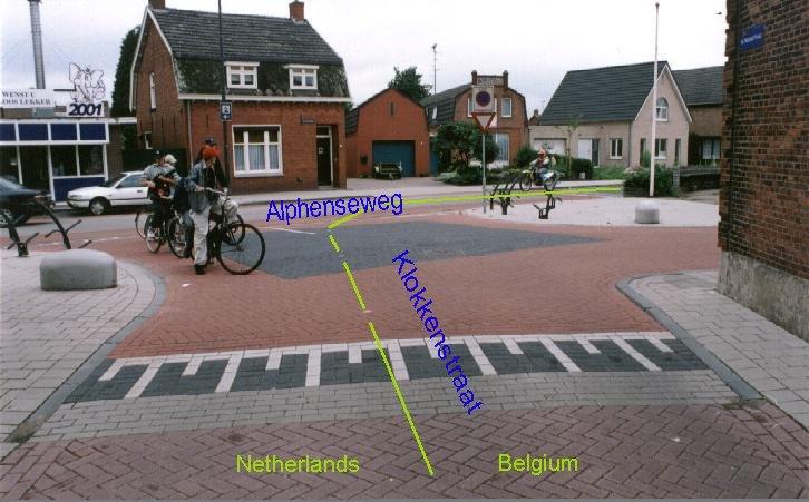 http://geosite.jankrogh.com/enklaver/baarleD.jpg